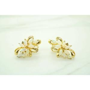 Jewelry - 14K Yellow Gold Womens Diamonds and Opals Earrings